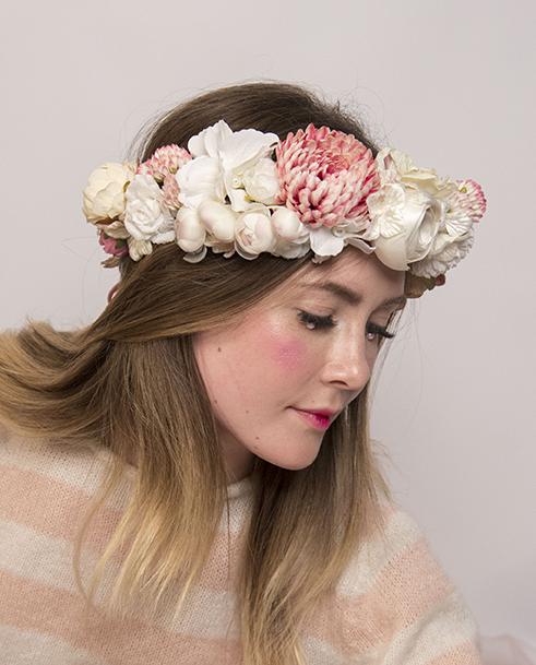 corona-flores-anita-ribbon