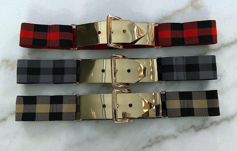 Cinturones elasticos con hebilla dorada